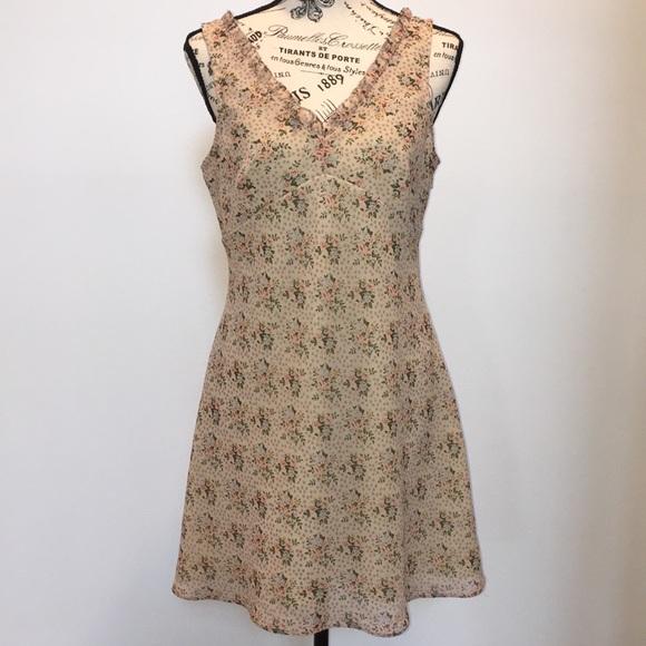 Express Dresses & Skirts - Floral Express Dress